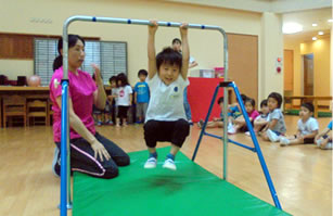 Gymnastic(体育)クラス(週1回)